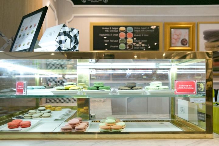 熟食店,它结合了维多利亚时期与现代建筑元素来创造了一个复杂而亲切