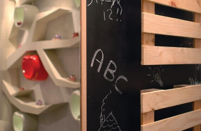 apple & pie童鞋精品专卖店空间设计